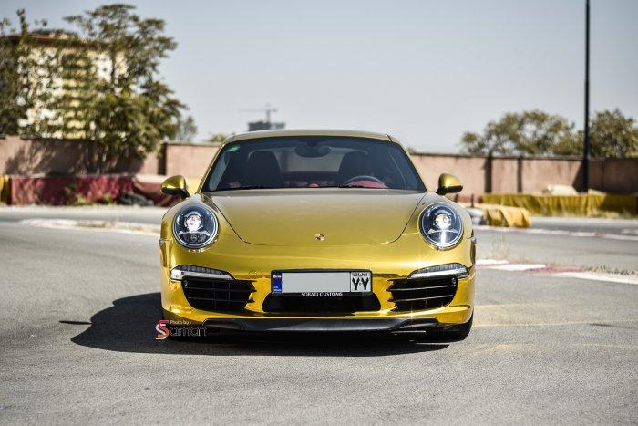 porsche 911 gold chrome